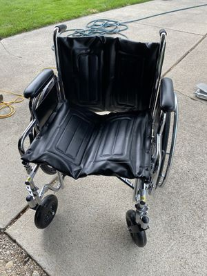 Extra wide wheelchair new never used for Sale in Riverview, MI