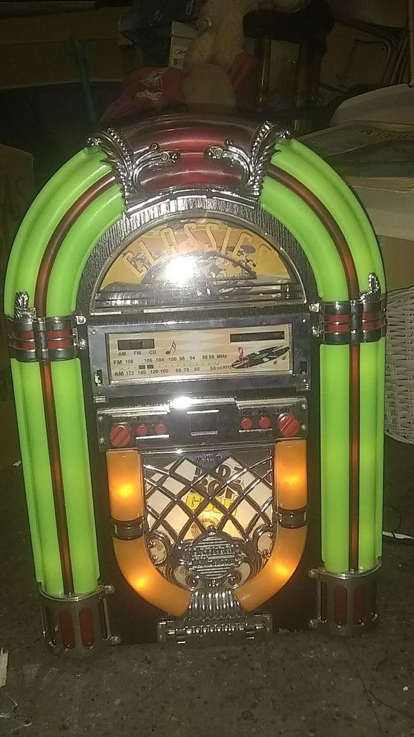 Classics Jukebox cd and radio