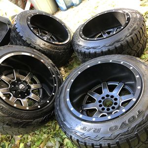 33x12.50 R20 for Sale in Downers Grove, IL