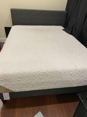 Foam Queen Matress w/ frame for Sale in Seattle, WA