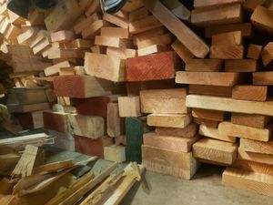 Mill ends fire wood full cord for Sale in Ridgefield, WA
