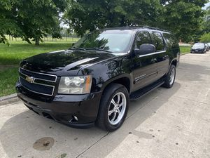 2008 chevy suburban for Sale in Chicago, IL