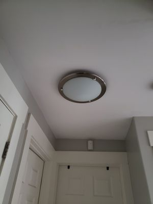 Ceiling light fixture for Sale in Federal Way, WA