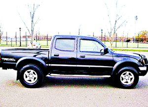ֆ14OO 4WD Toyota Tacoma Clean for Sale in Haynesville, LA