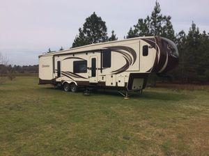 2014 Palomino Columbus 370FL for Sale in Cordele, GA