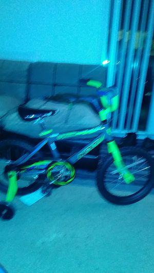 Kids training wheel bike for Sale in Woodbridge, VA