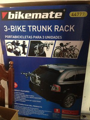 3 Bike Trunk Rack for Sale in Cleveland Heights, OH