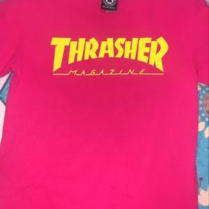 brand new thrasher shirt for Sale in Hialeah, FL