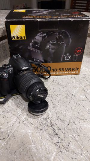 Nikon D5000 18-55 VR Kit for Sale in Kent, WA