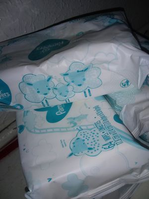 Pampers baby wipes for Sale in Mesquite, TX