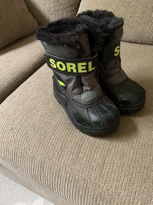 Sorel snow boots for Sale in Grand Prairie, TX