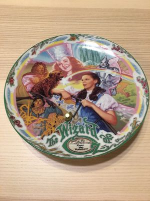"""Wizard of Oz Musical Moments """"Over the Rainbow"""" Collector plate. for Sale in Willowbrook, IL"""