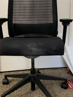Desk Chair for Sale in Tigard,  OR