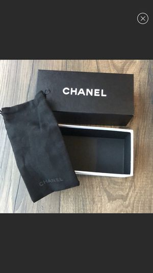 Chanel Box and dust bag NeW from sunglasses aviators for Sale in Manalapan Township, NJ