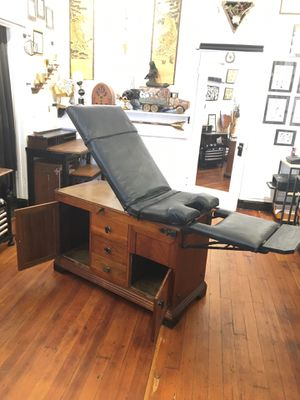 19th century Antique medical examination table for Sale in San Francisco, CA