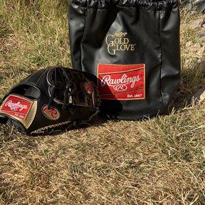 Rawlings Gold Glove Baseball Glove for Sale in Glendale, AZ