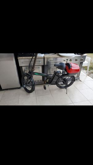 Goplus foldable e-bike for Sale in Miami, FL