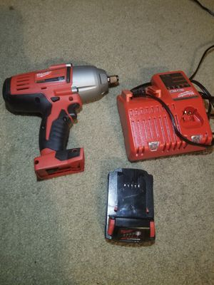 MILWAUKEE 1/2 IMPACT WRENCH WITH CHARGER AND BATTERY for Sale in Puyallup, WA