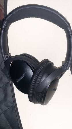 Bose QC35-ll bluetooth headphones for Sale in Seattle,  WA