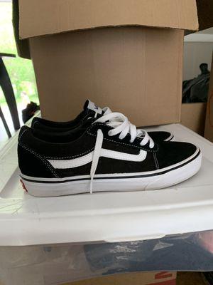 Black Vans Ward Sneaker(Youth Size 6) for Sale in Jonesboro, GA