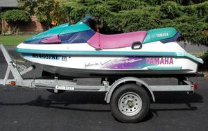 1995 Yamaha Wave Venture & Double Trailer w/ Tool Box for Sale in Tallahassee, FL