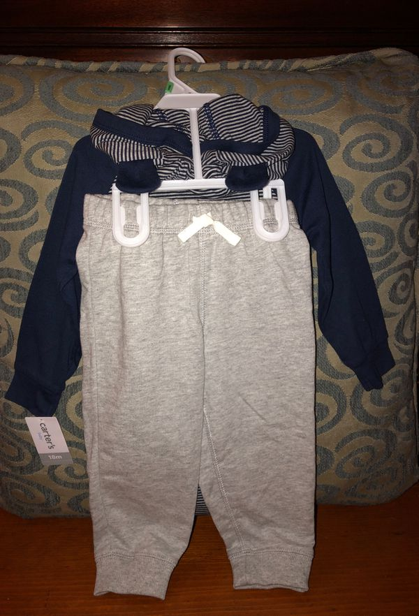 Brand NEW!!! Carter brand baby boy outfits 🚗 Size 18 months