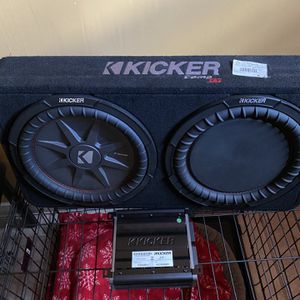 Kicker 12 Comp Rt With Amp for Sale in Miami, FL