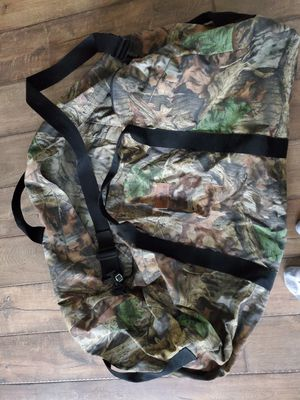 Large camo duffel bag for Sale in Mill Creek, WA