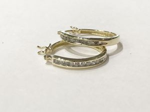 14K Yellow Gold Woman's Hoop Earrings with approx. 0.20cttw Diamonds $179.99 for Sale in Tampa, FL
