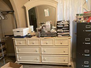 Cream colored dresser with mirror for Sale in Rialto, CA
