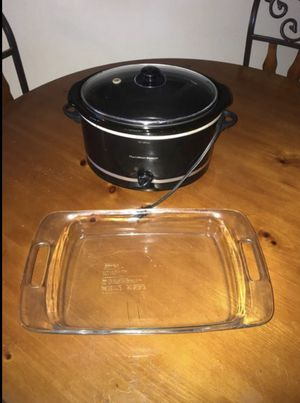 Crock pot/ glass pan $10!! for Sale in Fresno, CA