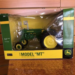 "John Deere 1948 Model ""MT"" Gas Wide Front Tractor 1/16 Diecast Model by Speccast for Sale in Oakland Park, FL"