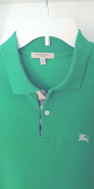 Burberry polo shirt for Sale in Los Angeles, CA