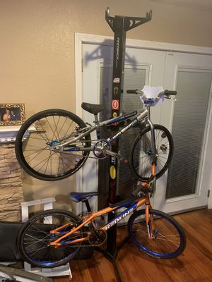 Feedback sports bike Adjustable bike rack only for Sale in Chino, CA