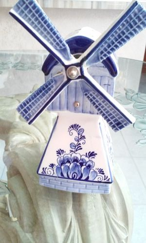 PORCELAIN WINDMILL MUSIC BOX (FAN ROTATES), BLUE TRIMS ON WHITE BACKGROUND, RARE FIND for Sale in HALNDLE BCH, FL