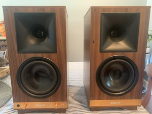 Klipsch Heritage Wireless The Sixes Powered Bookshelf Speakers - Pair (Walnut) for Sale in Dallas, TX