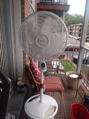Lasco floor fan for Sale in Alexandria, VA