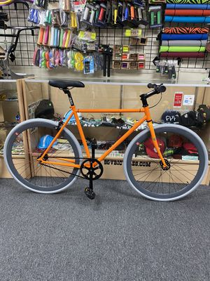 48cm and 53cm Sgvbicycles single speed fixie bike $300 new for Sale in City of Industry, CA