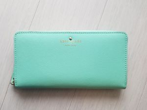 Kate Spade Leather Continental Wallet - Mint for Sale in Redmond, WA