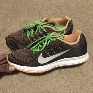 "Nike ""zoom Structure 18"" running shoe - Size 9.5 for Sale in Rockville, MD"