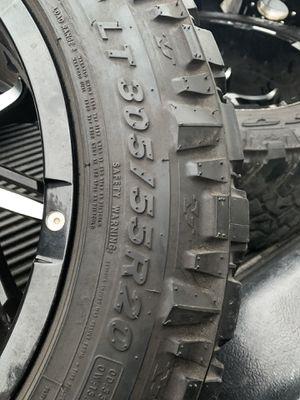 Truck tire for Sale in Ruskin, FL