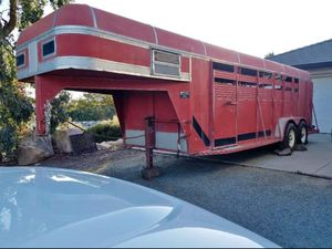Horse trailer for Sale in Phelan, CA