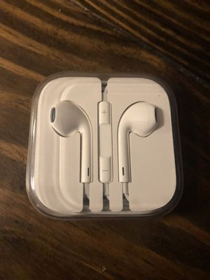 New apple headphones for Sale in Columbus, OH