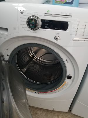Electric Washer and dryer front load for Sale in Tumwater, WA