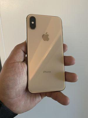 iPhone XS 64gb Gold ATT-CRICKET for Sale in Selma, CA