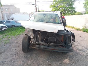 2007 2008 2009 2010 GMC YUKON DENALI PARTS PARTING OUT FOR PARTS for Sale in Philadelphia, PA