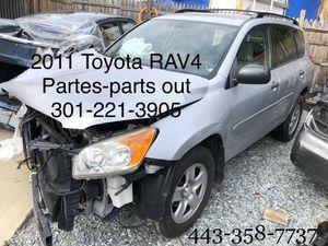 2011 TOYOTA RAV 4 partes- parts out for Sale in Laurel, MD