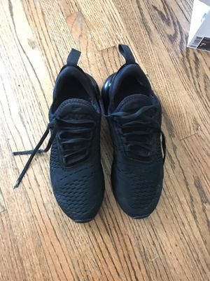 Women's Air Max 270 Nike shoes for Sale in Lakewood, CA