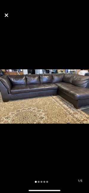 Brown Leather Sectional Couch for Sale in Santa Ana, CA