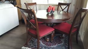 Dining Table 4 chairs for Sale in Lake Arrowhead, CA